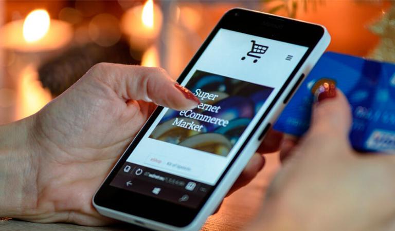 connesso con il tuo cliente mobile