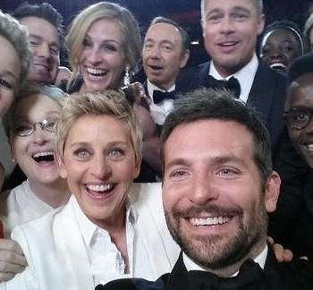 campañas con influencers : El selfie con más RTs
