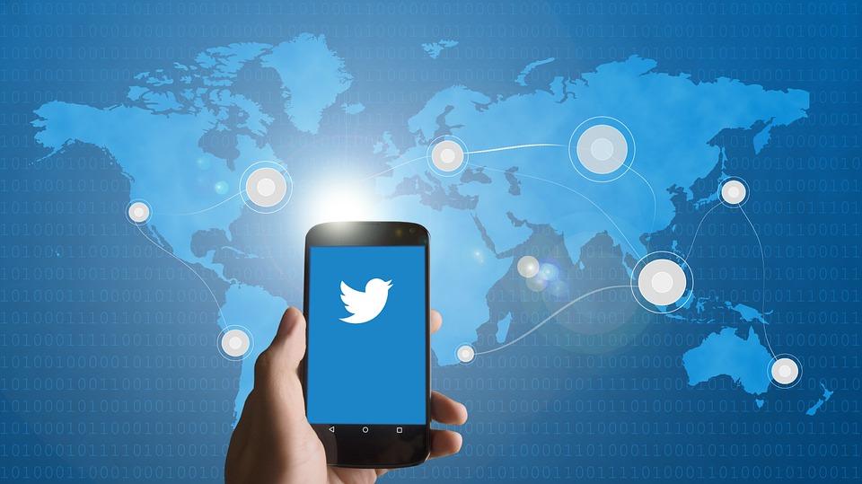 historia de las redes sociales: Twitter